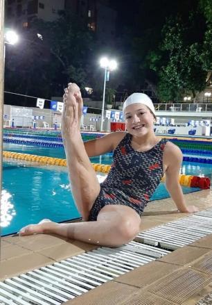 Família de nadadora paralímpica faz vaquinha para compra de prótese nova Arquivo Pessoal / Arquivo Pessoal/Arquivo Pessoal