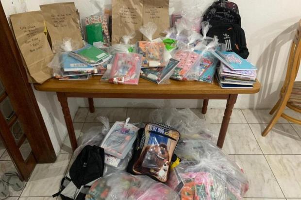 Projeto voluntário arrecada materiais escolares para crianças em Porto Alegre Arquivo Pessoal / Arquivo Pessoal/Arquivo Pessoal