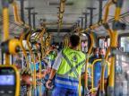 Ônibus têm redução de 20% no total de usuários com decreto que proíbe passageiros em pé em Porto Alegre Lauro Alves / Agencia RBS/Agencia RBS