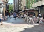 Vendedores informais permanecem nas principais regiões comerciais de Porto Alegre Eduardo Paganella / Agência RBS/Agência RBS