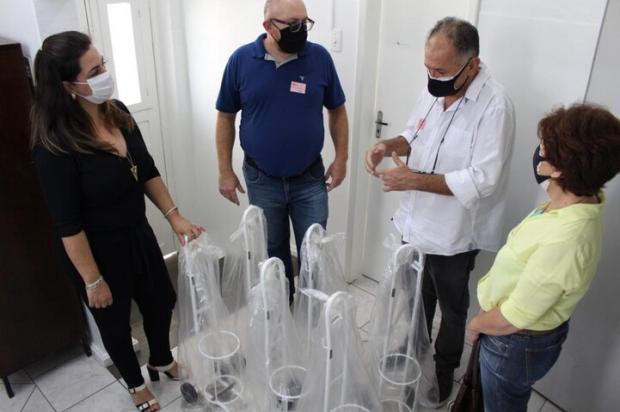 Após observar dificuldades dos médicos, paciente recuperado doa carrinhos para oxigênio a hospital Aline Marques / Hospital Centenário,Divulgação/Hospital Centenário,Divulgação
