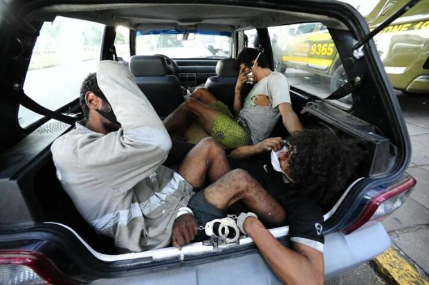 Delegacias do RS têm mais de cem presos em viaturas e lotando celas Ronaldo Bernardi / Agencia RBS/Agencia RBS