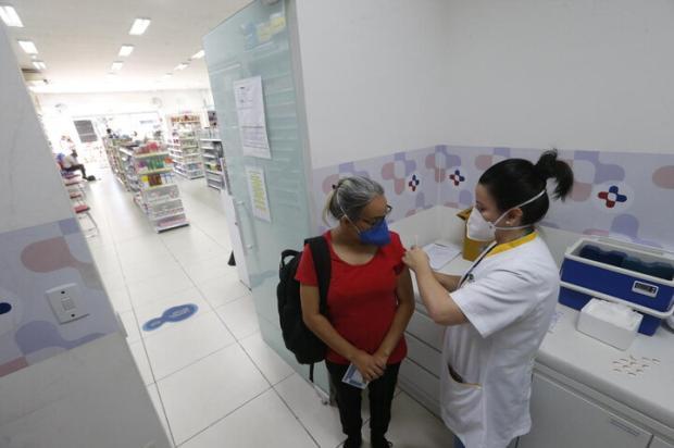 Porto Alegre retoma vacinação contra covid-19 em farmácias nesta segunda-feira, com atendimento a comorbidades Lauro Alves / Agencia RBS/Agencia RBS