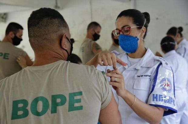 Cerca de 90% do efetivo da segurança do RS já recebeu primeira dose da vacina contra a covid-19 Mateus Bruxel / Agencia RBS/Agencia RBS