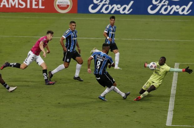 Cacalo: triste noite do Grêmio Lauro Alves / Agencia RBS/Agencia RBS