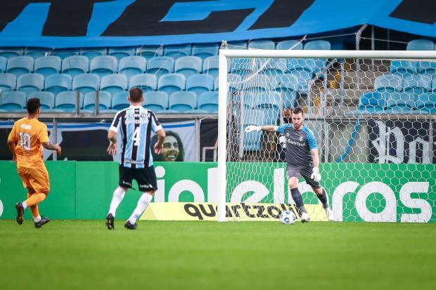Cacalo: a avaliação do Grêmio para a posição de goleiro Lucas Uebel / Grêmio / Divulgação/Grêmio / Divulgação