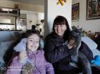 Menina de sete anos distribui ração a cães de rua e sonha em ter cafeteria com animais para adoção Átila Stertz / Arquivo Pessoal/Arquivo Pessoal