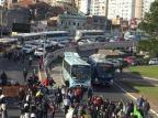 Protesto de rodoviários complica o trânsito na área central de Porto Alegre Ronaldo Bernardi / Agencia RBS/Agencia RBS