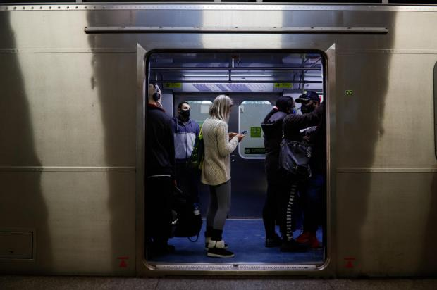 Passagem da Trensurb fica R$ 0,30 mais cara a partir da próxima segunda-feira Anselmo Cunha / Agencia RBS/Agencia RBS