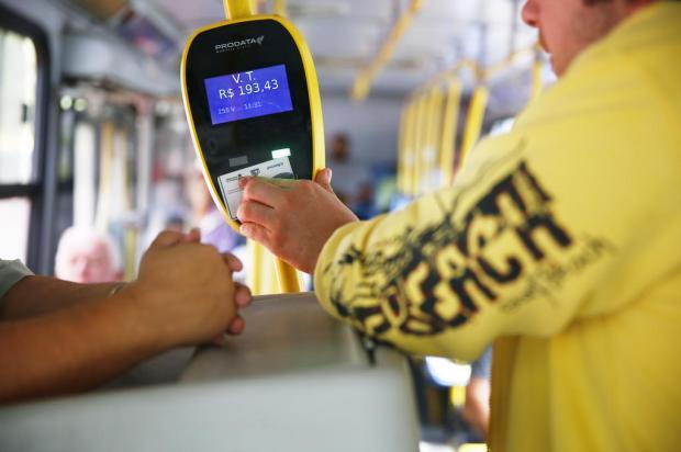 Porto Alegre segue tendência de municípios vizinhos ao extinguir cobradores dos ônibus Félix Zucco / Agencia RBS/Agencia RBS