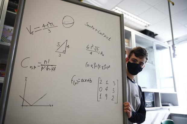 Estudante gaúcho conquista medalha de ouro em olímpiada internacional de matemática Félix Zucco / Agencia RBS/Agencia RBS