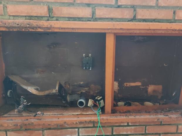 Escola de Porto Alegre é obrigada a suspender aulas presenciais após furto de medidor de energia elétrica Lúcia Ferreira / Arquivo Pessoal/Arquivo Pessoal