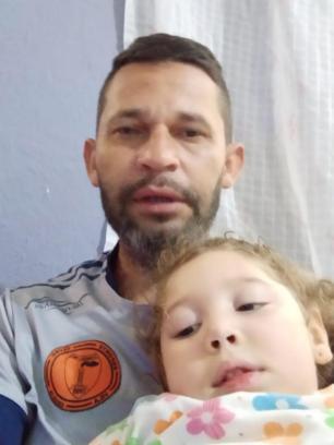 Em Viamão, família se empenha para conseguir transporte social para menina de três anos Reprodução / Arquivo Pessoal/Arquivo Pessoal