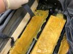 Passageira de avião é presa em flagrante pela PF com mais de 4 kg de princípio ativo do ectasy Polícia Federal / Divulgação/Divulgação