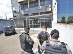 BM prende suspeito de participação em assalto que resultou na morte de jovem em parada de ônibus Lauro Alves / Agencia RBS/Agencia RBS