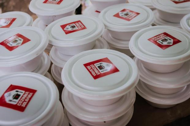 Governo gaúcho cede novo espaço a projeto que distribui alimentos a moradores de rua Isabelle Riege / Divulgação/Divulgação