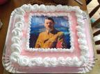 Jovem que teve bolo com imagem de Hitler em festa de aniversário diz que não tinha intenção de fazer apologia ao nazismo Facebook / Reprodução/Reprodução