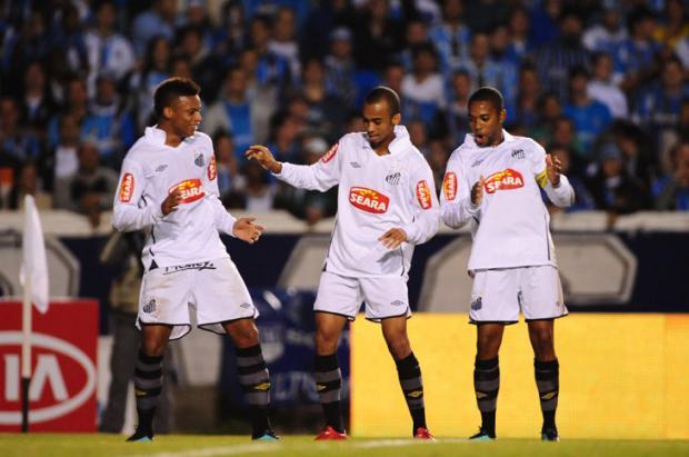 Dorival Júnior garante que Robinho jogará partida de volta contra o Grêmio  Diego Vara  c63496074a088