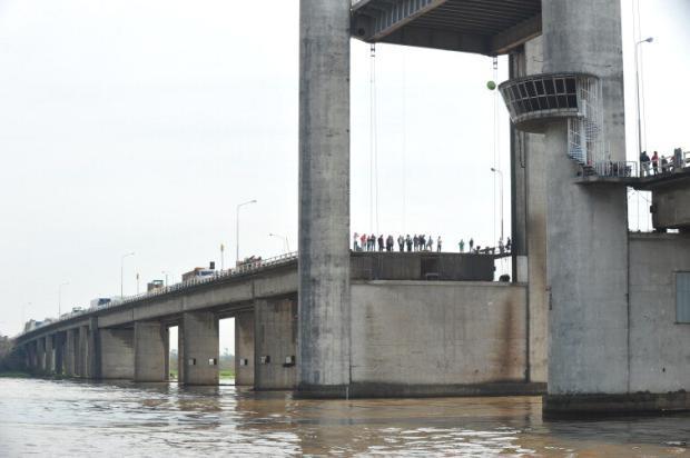 Ponte do Guaíba teve sete grandes paralisações em 10 anos Jean Schwarz/